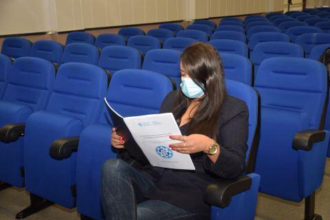 Imagen de una de las investigadoras que ha defendido tesis este curso.