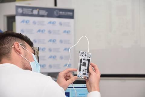 Imagen de un curso de formación de la Cátedra AED-UPCT.