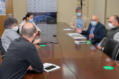 Reunión entre responsables de la UPCT y del Ayuntamiento de Fuente Álamo.