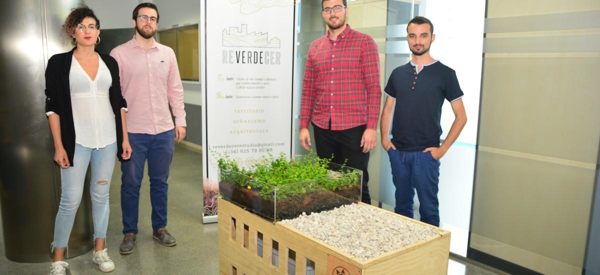 Cuatro arquitectos por la UPCT crean una empresa de cubiertas vegetales e infraestructuras verdes
