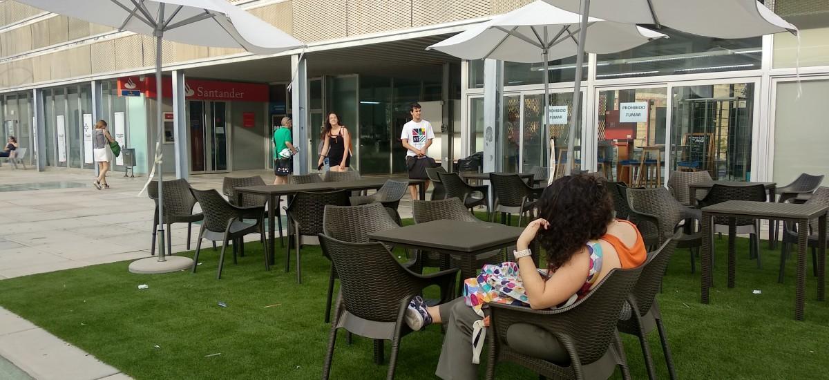 Antigones estrena terraza al aire libre