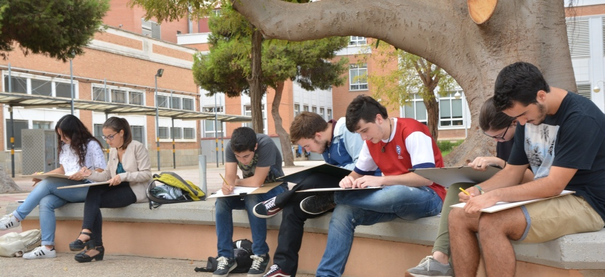 Las escuelas de Industriales, Navales y Arquitectura, las que más atraen estudiantes de fuera de la Región