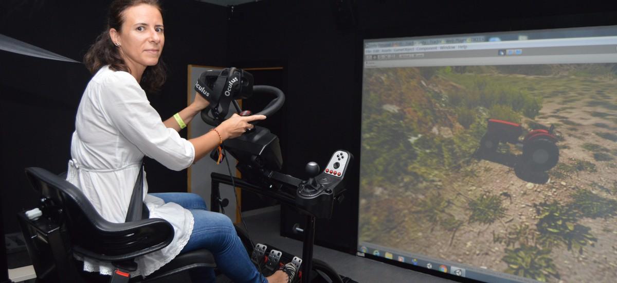 Nuevo reconocimiento al arco automático y el simulador para tractores