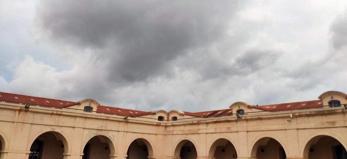 La UPCT cierra sus edificios y suspende la actividad académica