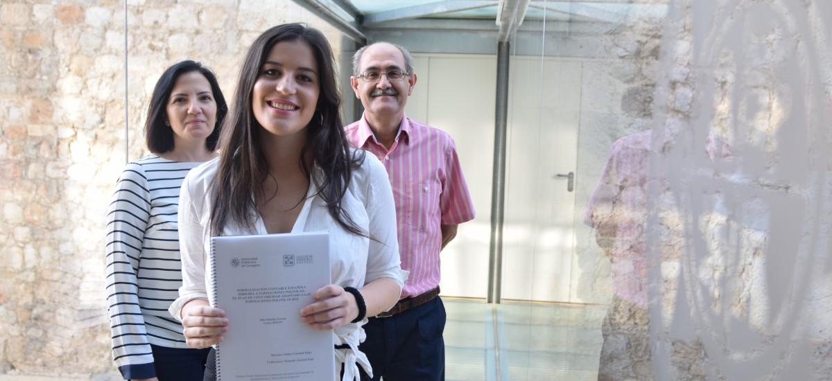 Una estudiante de ADE propone que las auditorías contables externas sean obligatorias para los partidos políticos