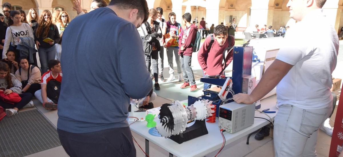 Casi 700 estudiantes de Bachillerato y ESO han visitado la UPCT en un  mes con el nuevo programa Descubre la UPCT