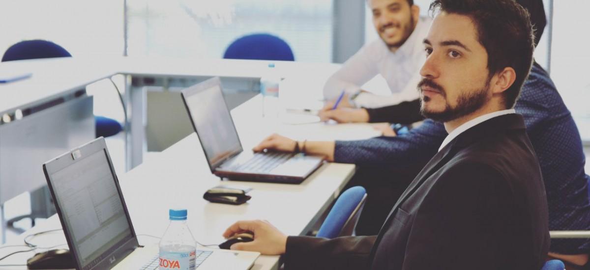 Un alumno de Telemática desarrolla una innovadora aplicación de gestión financiera para una start-up de Edimburgo