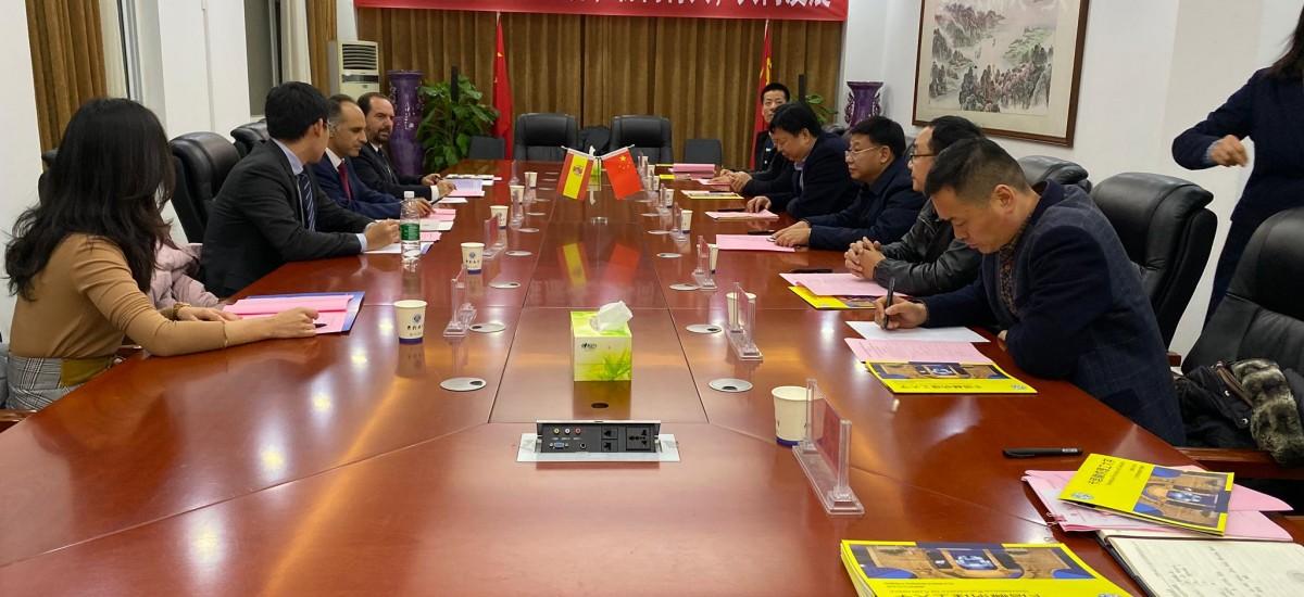La UPCT propone en Kaifeng una alianza de universidades politécnicas en la Ruta de la Seda