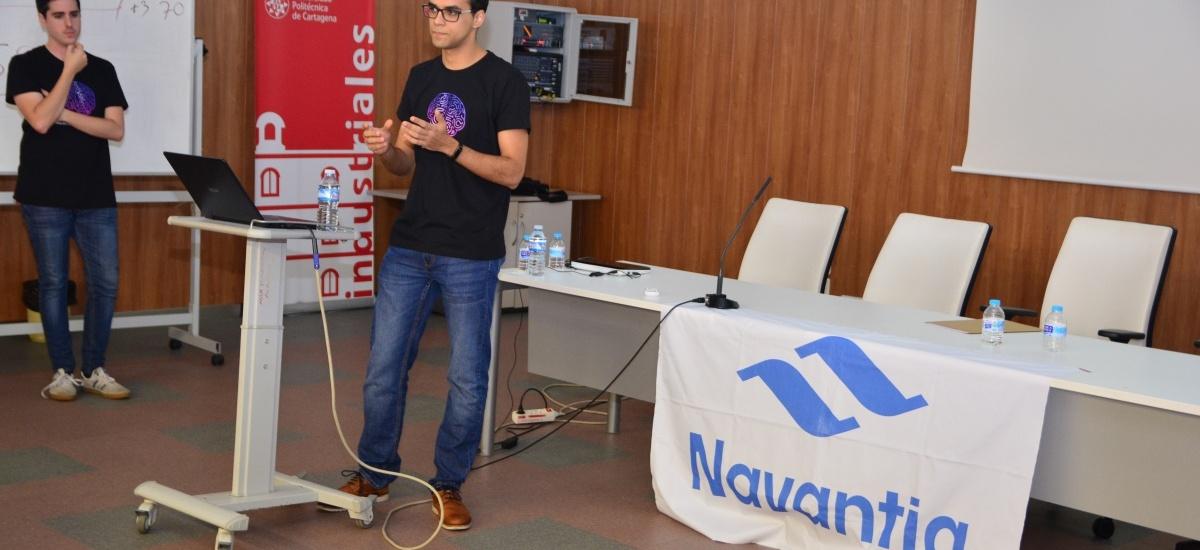 La cátedra de Navantia premia a estudiantes de la asociación Machine Learning UPCT por su asistente de voz para buques 'Lezo'