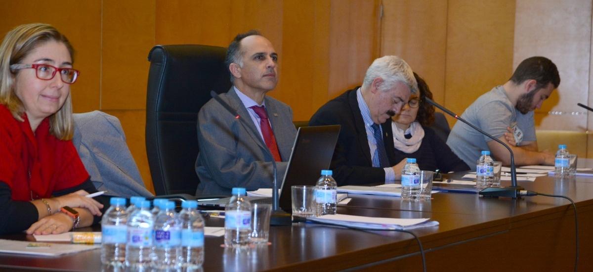 El rector anuncia ante el Claustro que no se presentará a la reelección