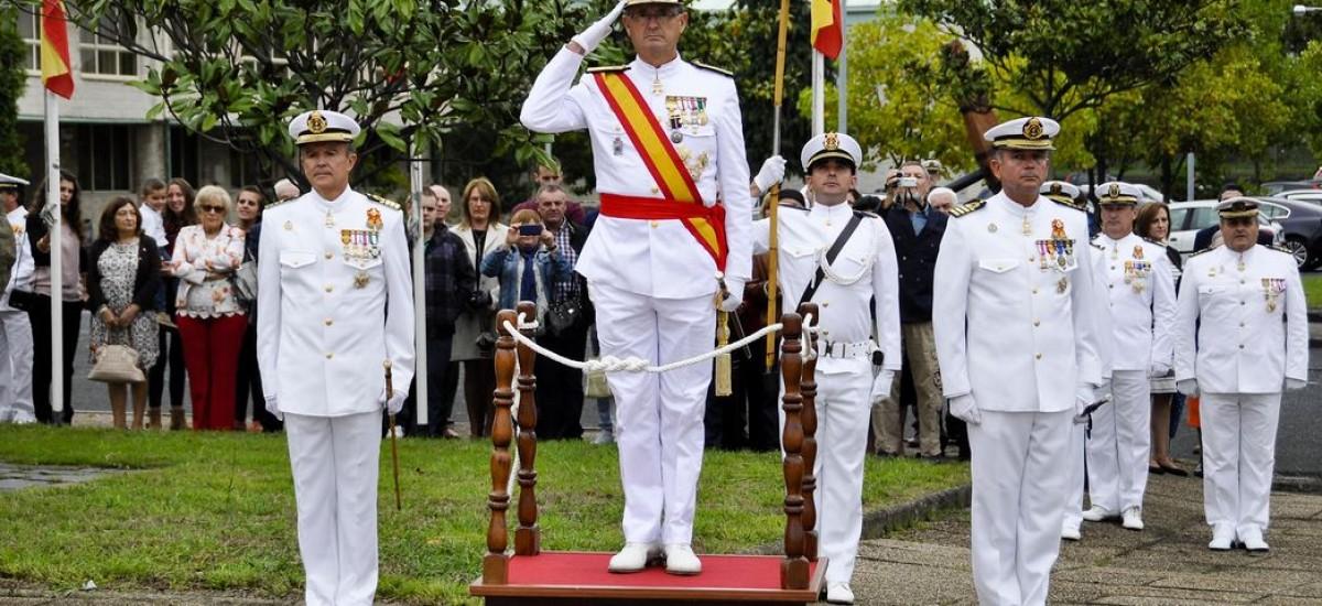 El ciclo de conferencias sobre la Armada Española arranca con una ponencia del almirante Aniceto Rosique sobre el Arsenal de Cartagena