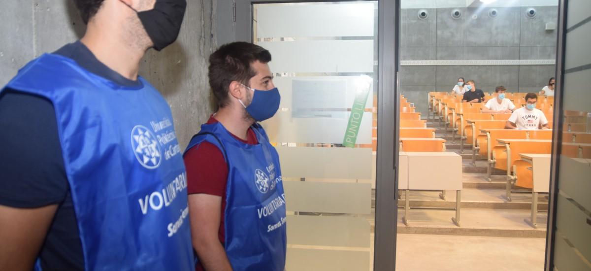 La UPCT despliega 100 voluntarios en cinco sedes de la EBAU