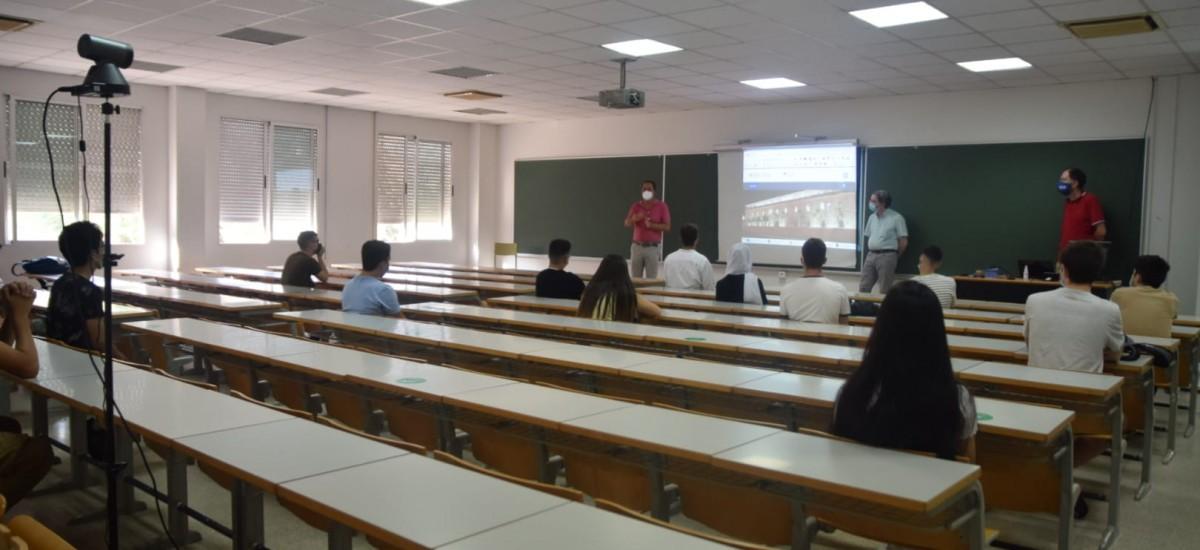 Concluyen las presentaciones de bienvenida a los nuevos alumnos de grado