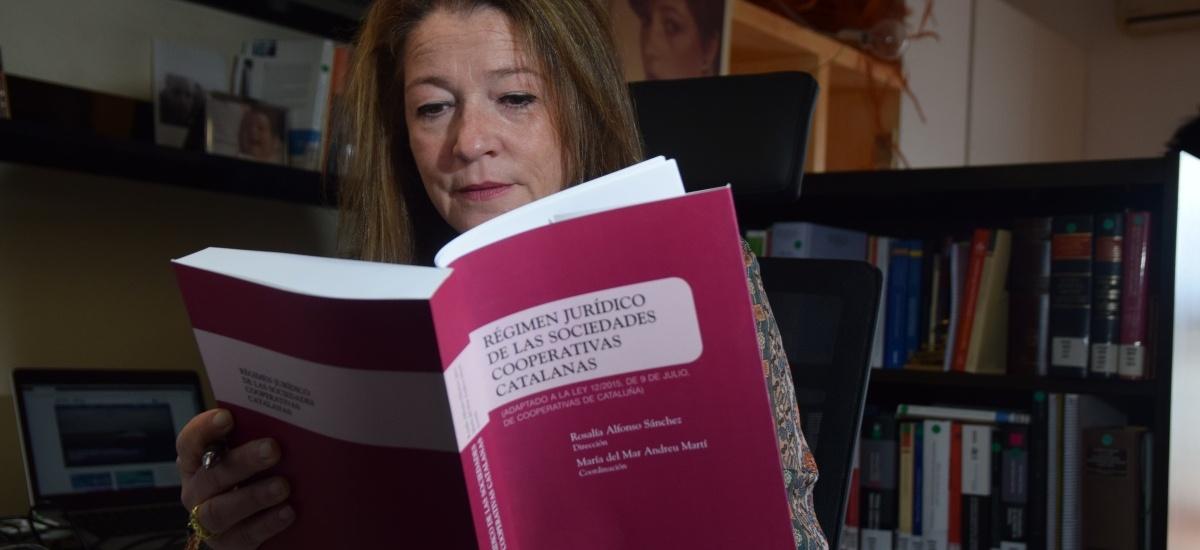 Premio nacional a la mejor investigación en Derecho a un libro coordinado por María del Mar Andreu
