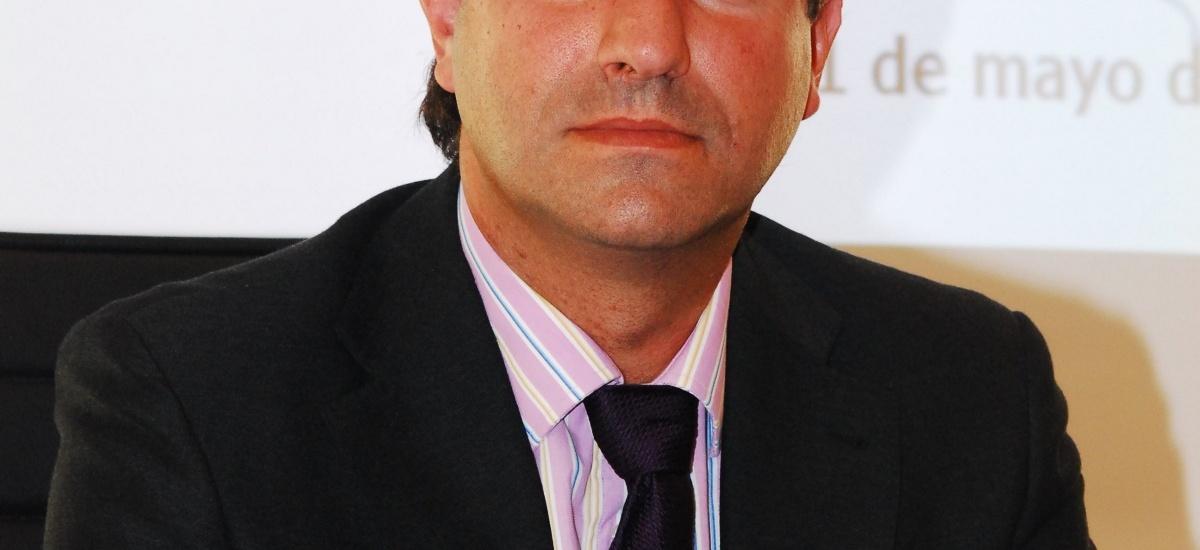 Reelegido como decano de los ingenieros de Telecomunicación el catedrático Juan Luis Pedreño