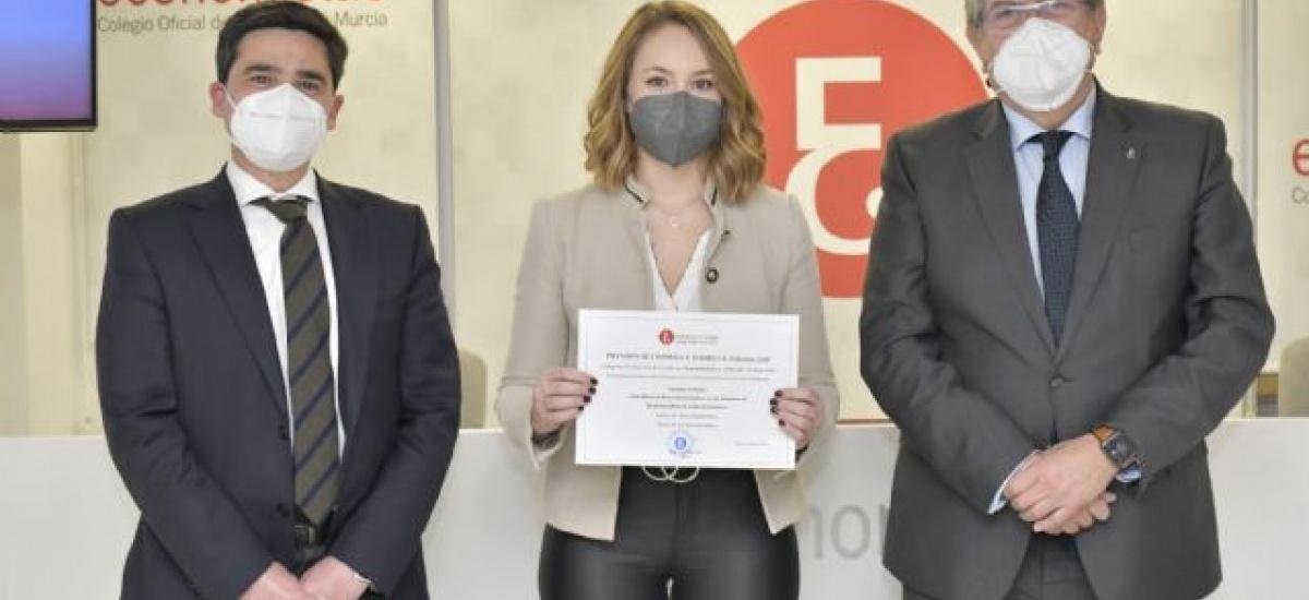 Nuevo premio para la estudiante de máster Clara Cubillas