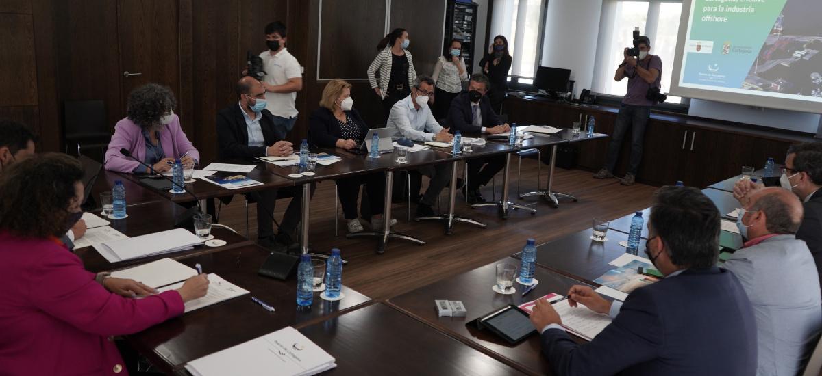 Administraciones, universidad y empresarios marcan una estrategia común para desarrollar la industria offshore