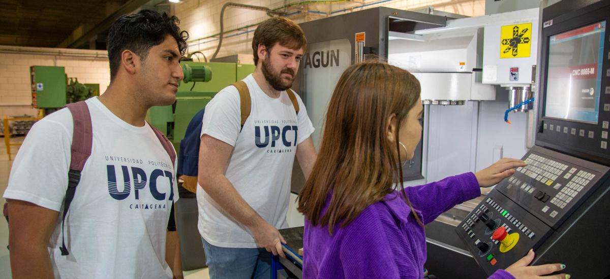 La mayoría de los titulados en másteres de la UPCT trabaja en empresas con actividad internacional