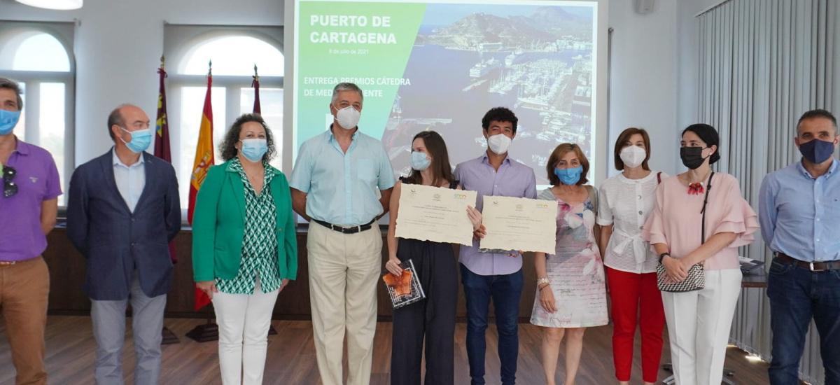 Imagen Entregan los premios de la Cátedra de Medio Ambiente Campus Mare Nostrum a dos estudiantes de la UPCT