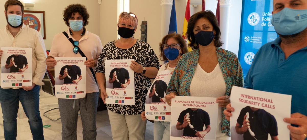 Voluntarios erasmus teleacompañarán a mayores de habla inglesa para prevenir trastornos