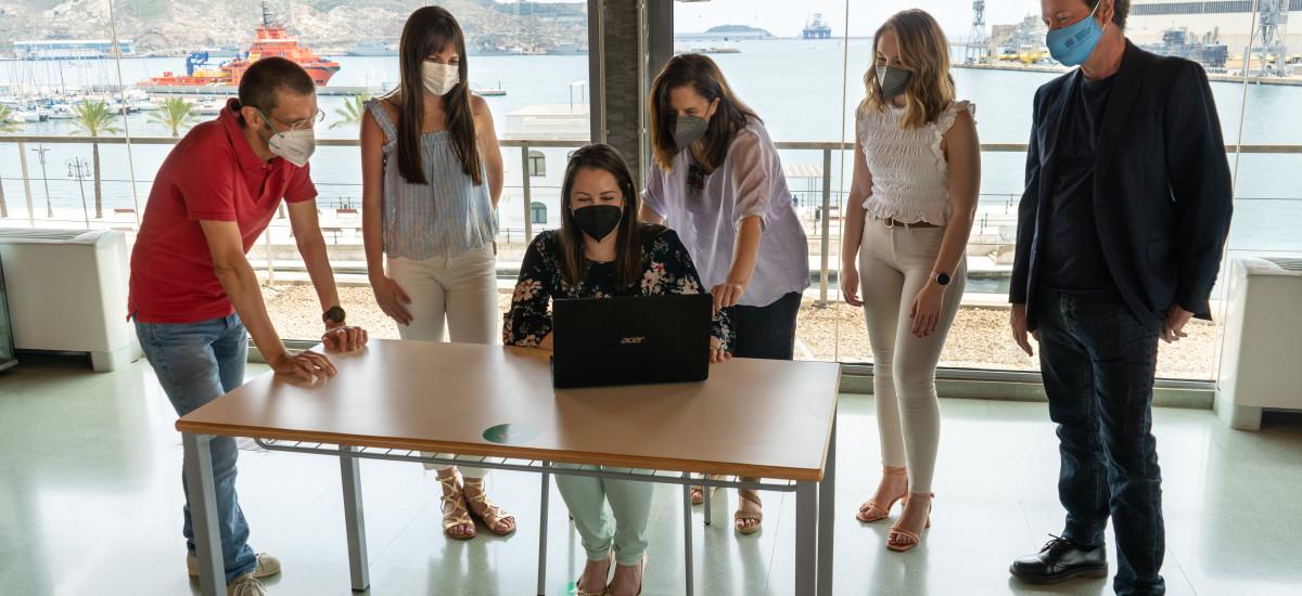 Un estudio de la UPCT refleja la confianza de los clientes de hostelería en los sistemas de Inteligencia Artificial