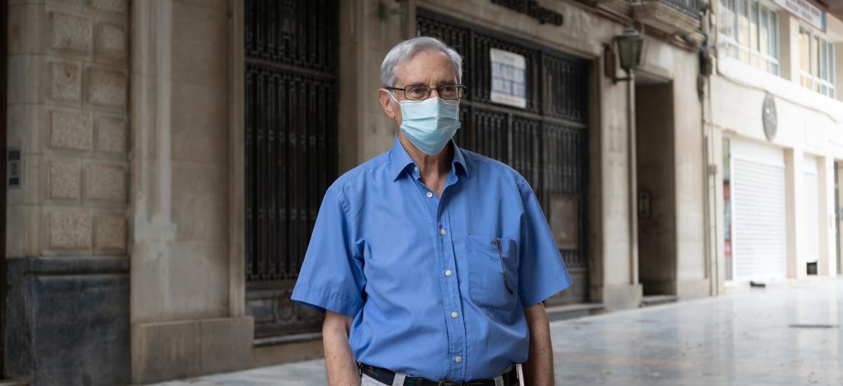 José María Conesa, ponente inaugural de la Universidad de Mayores: «El Banco de Cartagena murió de éxito»
