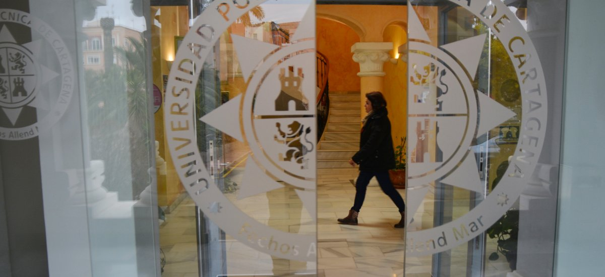 Foto: La UPCT muestra su compromiso con la transparencia en la II Memoria de RSC