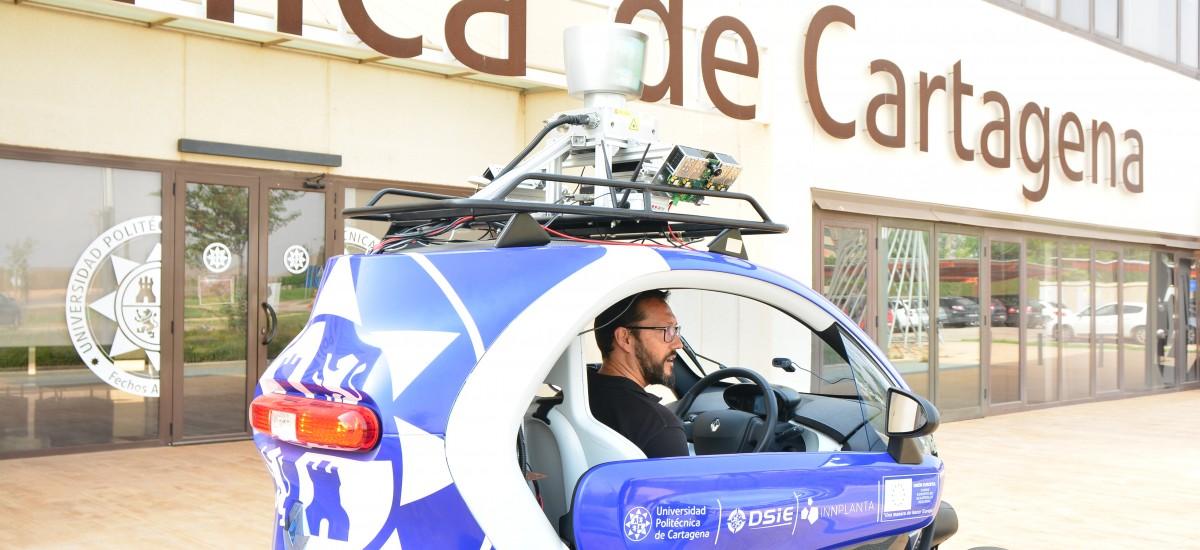 Foto: La UPCT ensaya con su vehículo autónomo para crear modelos de Inteligencia Artificial qu