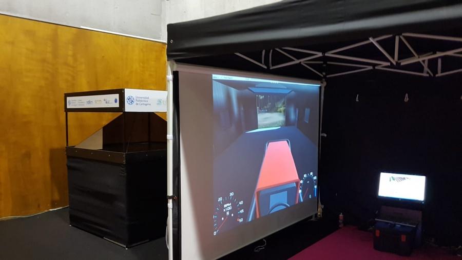 La UPCT participa en la Murcia Digital Week con varios ponentes y el simulador de conducción de tractores