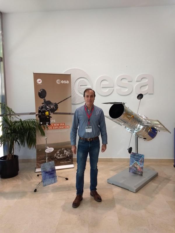 Anastasio Díaz explica los últimos avances en la búsqueda de galaxias lejanas en el Centro Europeo de Astronomía Espacial