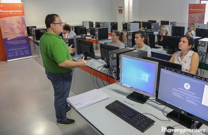 Cloud Incubator Hub formará en habilidades digitales a madres jóvenes